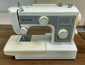 Riccar 650 Sewing Machine.jpg